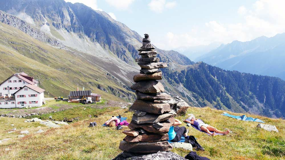 Yoga Urlaub Symbolbild