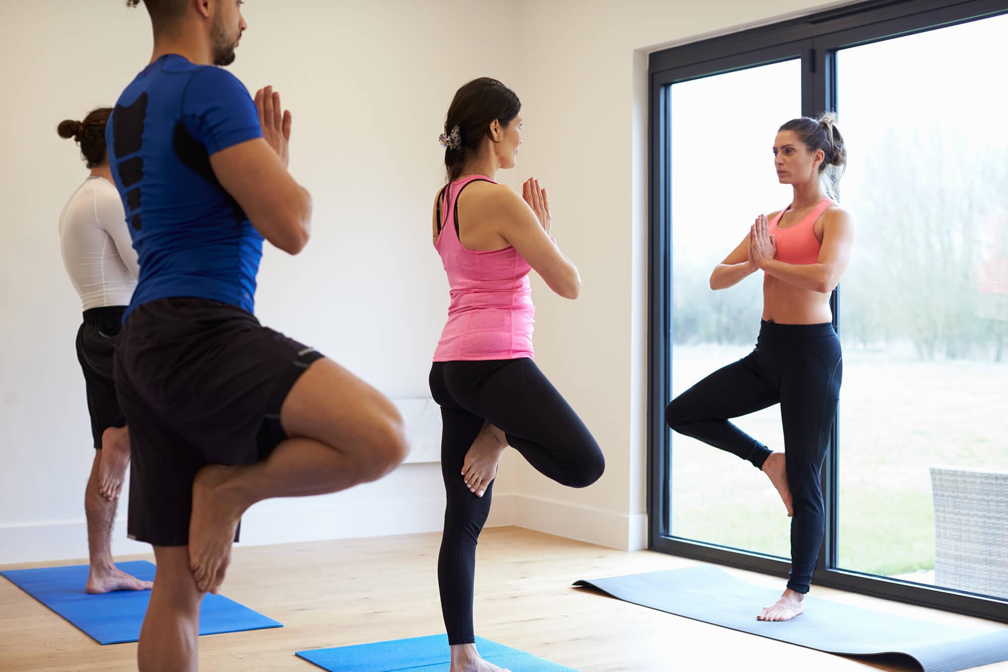 yoga bung f r die beine yoga loft. Black Bedroom Furniture Sets. Home Design Ideas